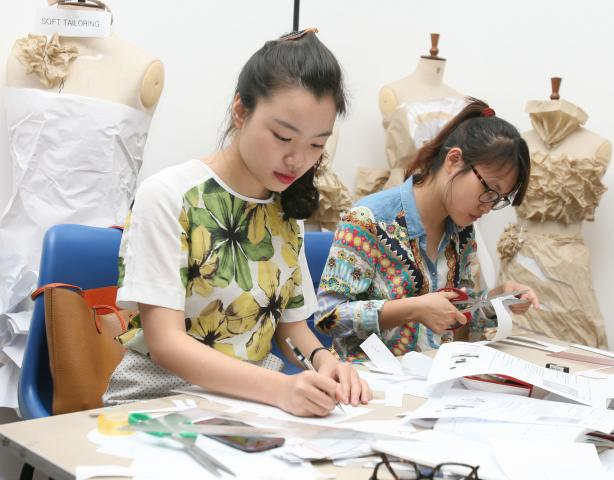 Jobs at The London College For Design & Fashion (Hanoi)